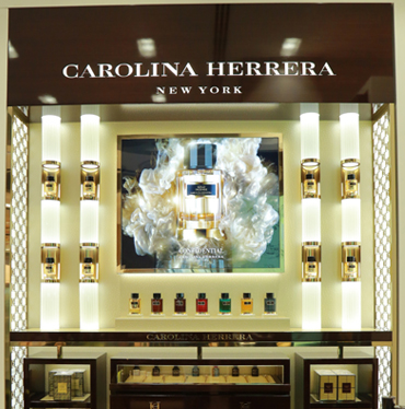 Carolina Herrera Backwall